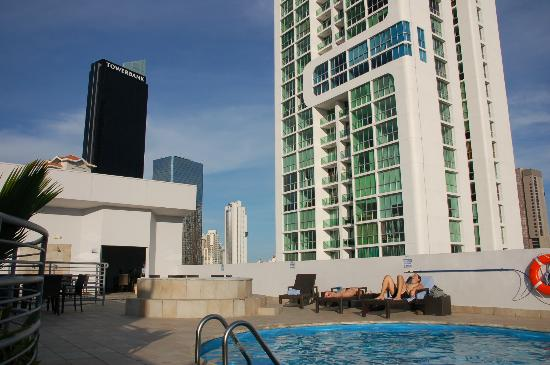 DoubleTree By Hilton Panama City: View from rooftop pool