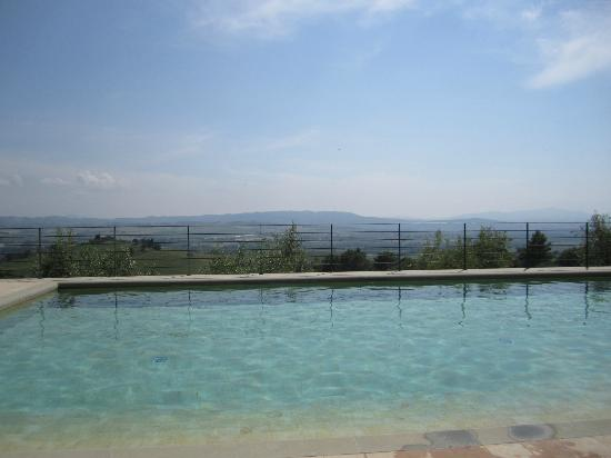 Castello Banfi - Il Borgo: The pool !
