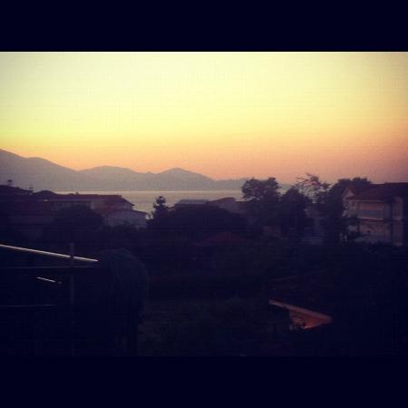 Planet Studios and Apartments: Kefalonia Island View- Beautiful!