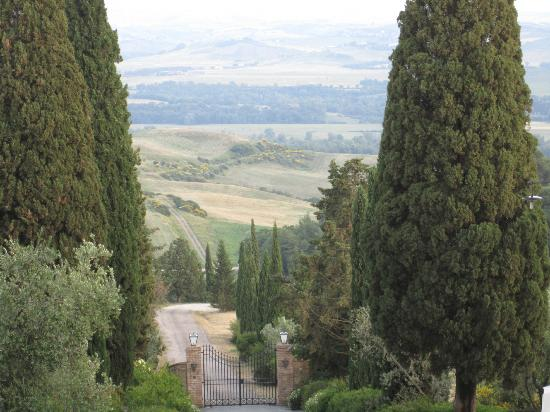 Castello Banfi - Il Borgo: The view!
