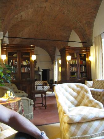 Castello Banfi - Il Borgo: library, including wine tasting