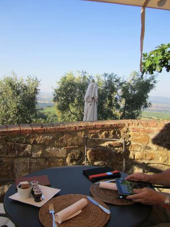 Castello Banfi - Il Borgo: Breakfast
