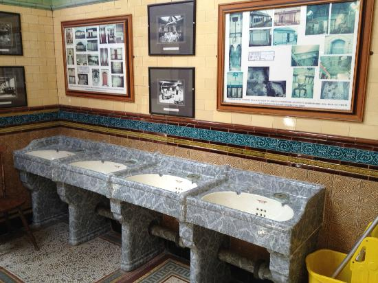 Rothesay's Victorian Toilets : Wash basins - interesting ones?!