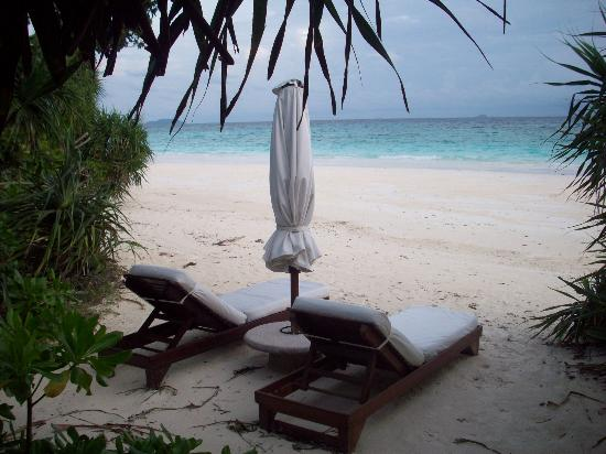 Amanpulo: Our deck chairs.