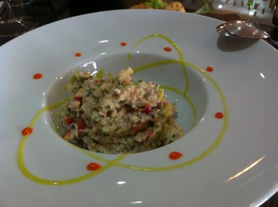 Gastrobar AIE: Ensaladilla con salmón de uga