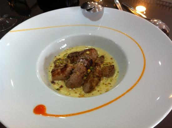 Gastrobar AIE: solomillo de cochino con salsa de foie