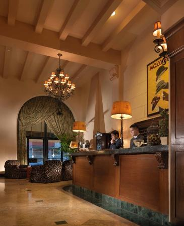 The Kensington Park Hotel : KPLobby Front Desk