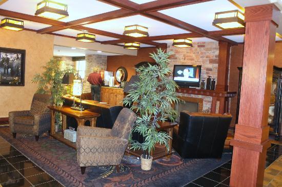 The Lodge at Deadwood: alternate sitting room photo