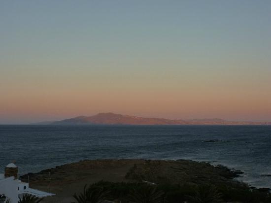 Cavos Ai Sostis: Vue de la chambre : Mykonos le soir