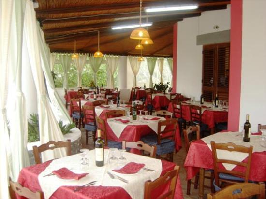 Leni, Italy: Il ristorante