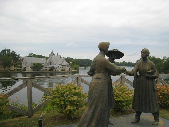 Women's Rights National Historical Park: Seneca Falls shows a wonderful life!