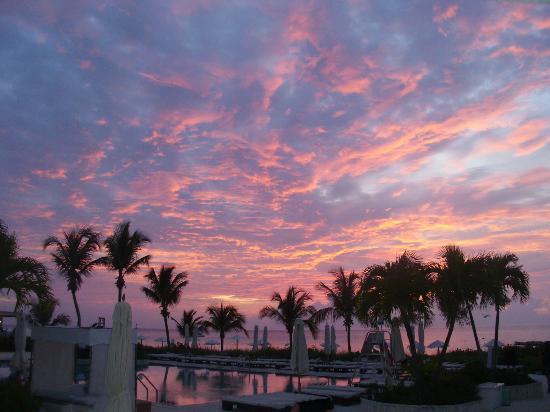 San Salvador: Coucher de soleil au Club Med