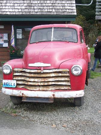 Twilight Tours in Forks: Bella's truck
