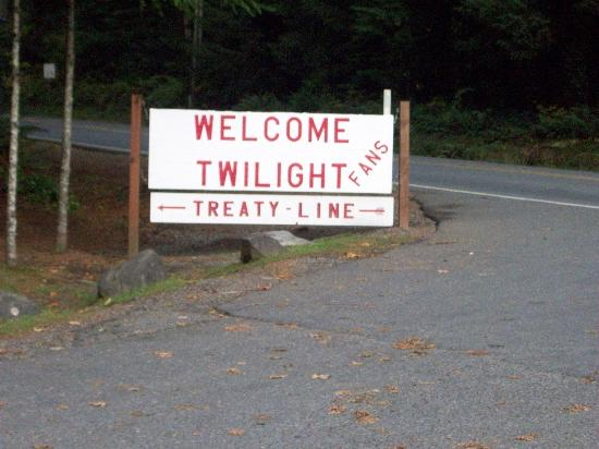 Twilight Tours in Forks: Treaty Line