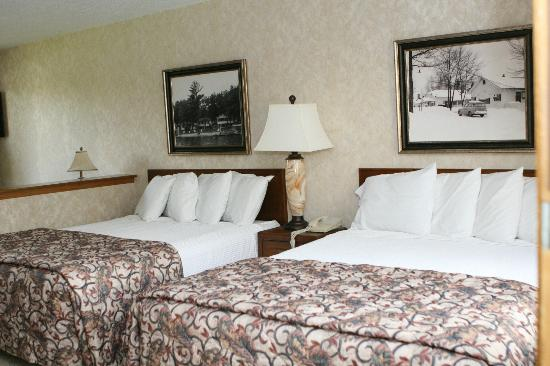 Chanticleer Inn: Suite