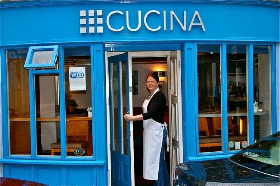 Cucina: Cosy Cafe/ Restaurant serving Breakfast Lunch and Dinner