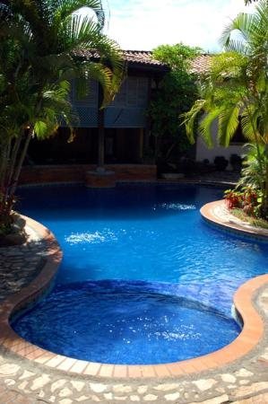 Hotel Marina Copan: The pool