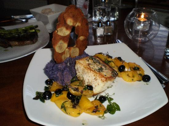 Sea Rose Suites: Swordfish special at Front Porch Restaurant