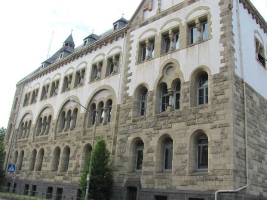 Max-Planck Gymnasium