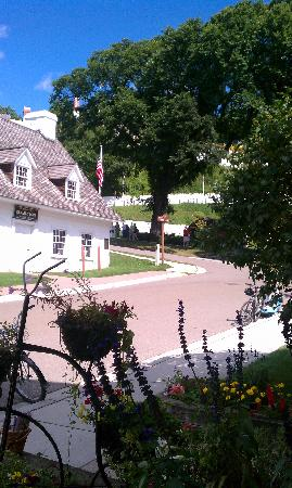 Market Street Inn: View of the fort from the front porch.