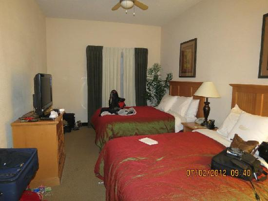 Homewood Suites by Hilton Colorado Springs Airport: 2 Queen bedroom of 2 bedroom suite