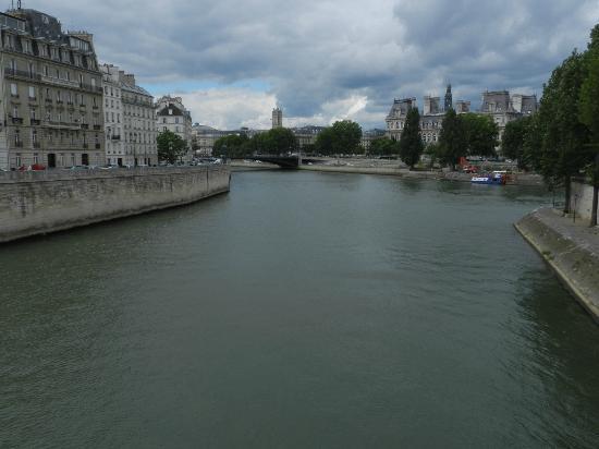 Hotel Le Home Latin: Paseo por el rio Sena