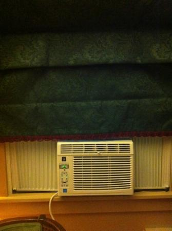 Litchfield Inn: lovely AC fix!