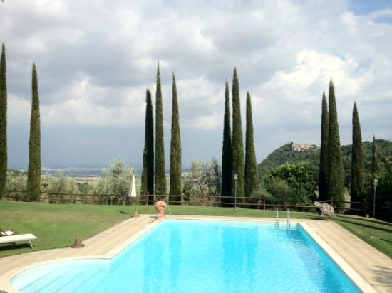 Agriturismo Belagaggio: View from the pool