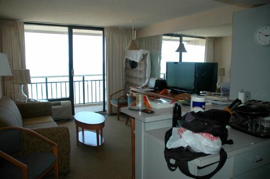 Four Sails Resort: Main area of room (after we unloaded, room looked neater before :-), a small kitchen is off came