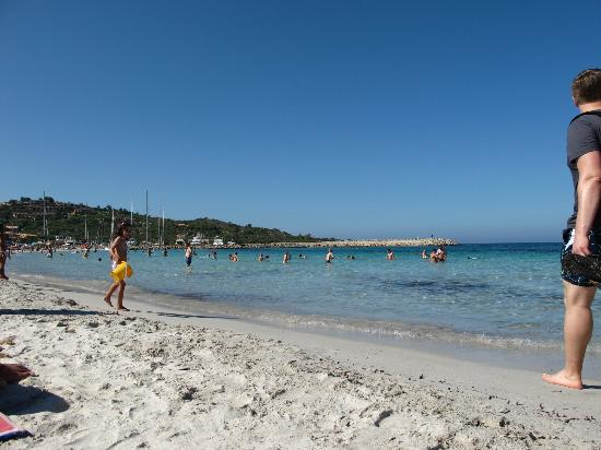 Hotel I Corbezzoli: der Strand
