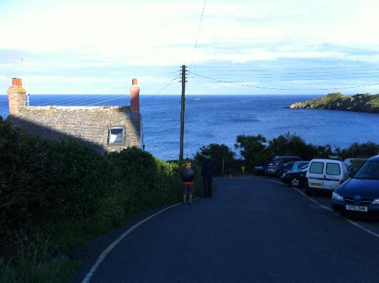 YHA Coverack: Walk to the beach and a wonderful view.