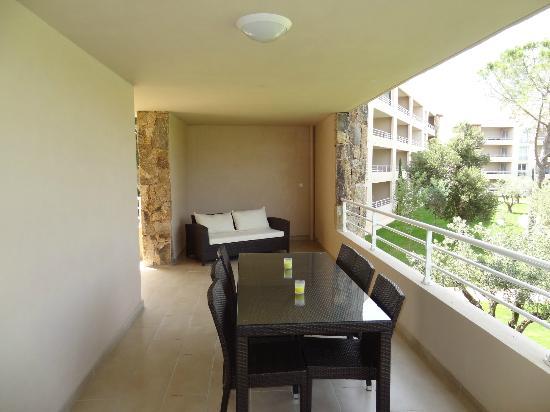 Residence Salina Bay : grande terrasse