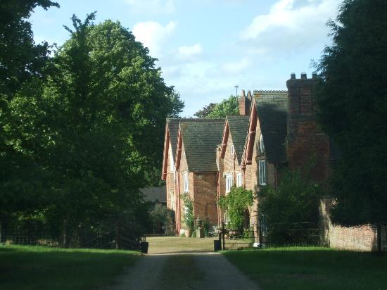 The Old Hall Bed & Breakfast: entrance to Old Hall