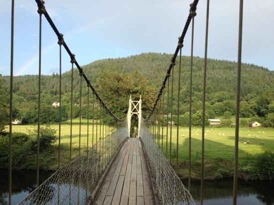 Aberconwy House: suspension bridge on the walk to the villiage