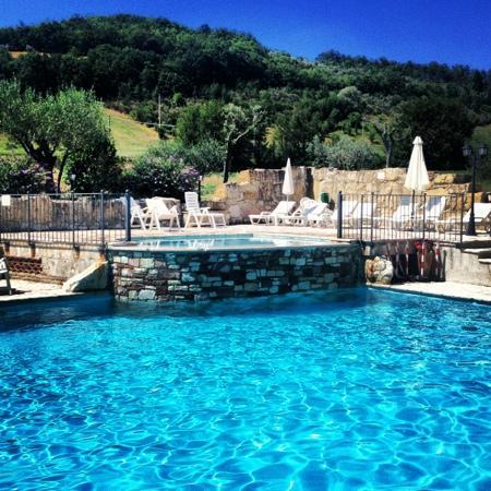 Le Querce di Assisi: piscina