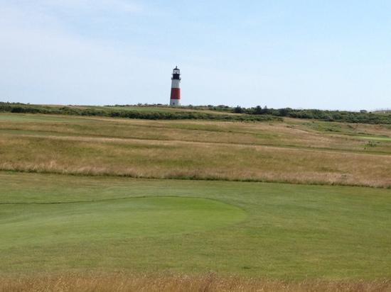 Sankaty Head Lighthouse: overlooks golf course