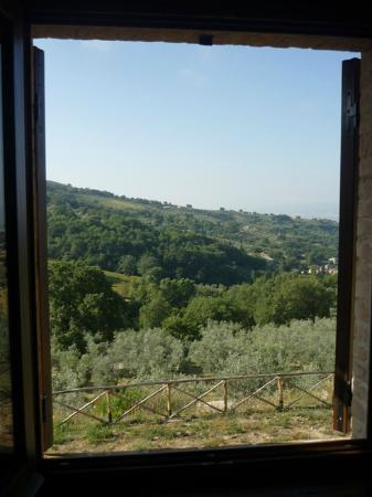 Casale Angelini: la pace del casale 