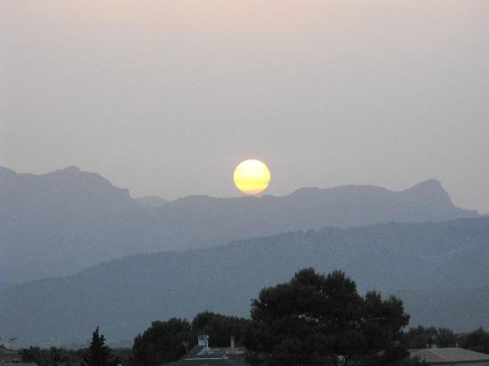Africamar Aparthotel: Sunset from balcony