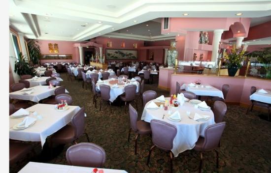 Tam's Cuisine of China: Tam's Cuisine, Pacifica, CA, Interior