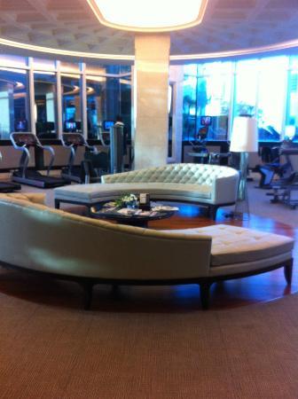 Grande Centre Point Terminal 21: gym