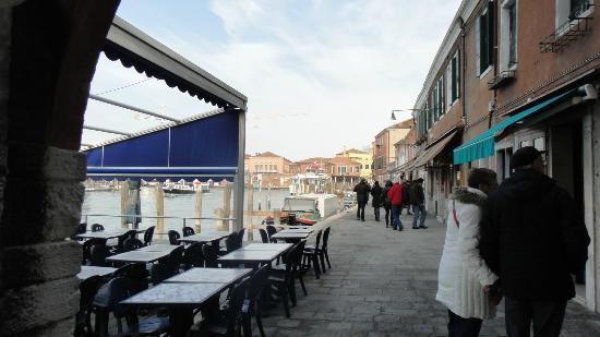 Linea Murano Art Srl: vista dos canais de Murano