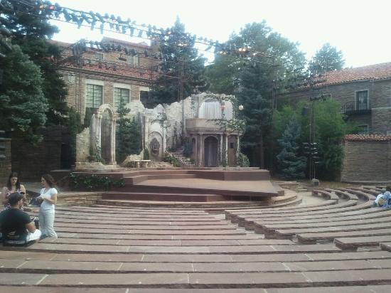 Colorado Shakespeare Festival : Entering the outdoor theater