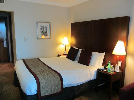 Crowne Plaza Hotel Birmingham NEC: Room 200 