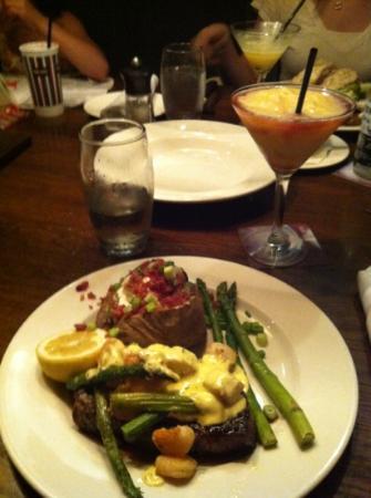 Keg Steakhouse & Bar: sirloin Oscar with a delicious Bellini