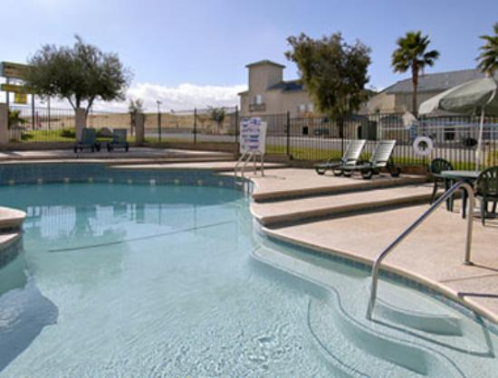 Americas Best Value Inn Kettleman City: Pool