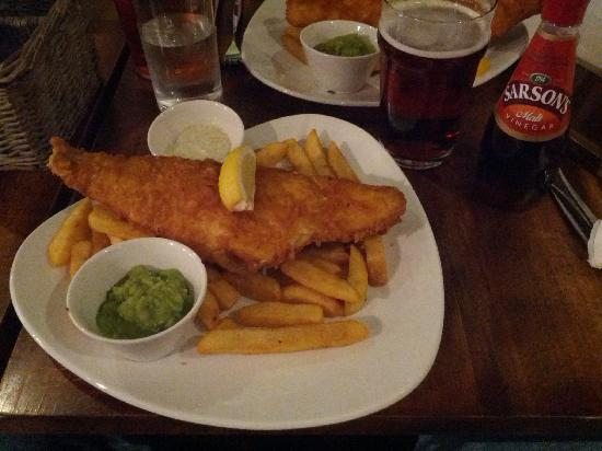 Fish and chips foto di the sherlock holmes public house for Pete s fish and chips owner murdered