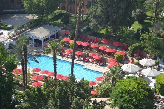 Cairo Marriott Hotel & Omar Khayyam Casino: balcony view of pool area