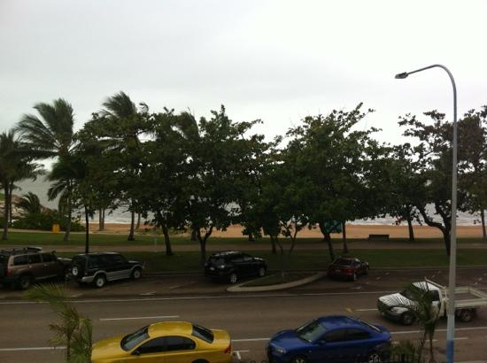Shoredrive Motel: view from our balcony