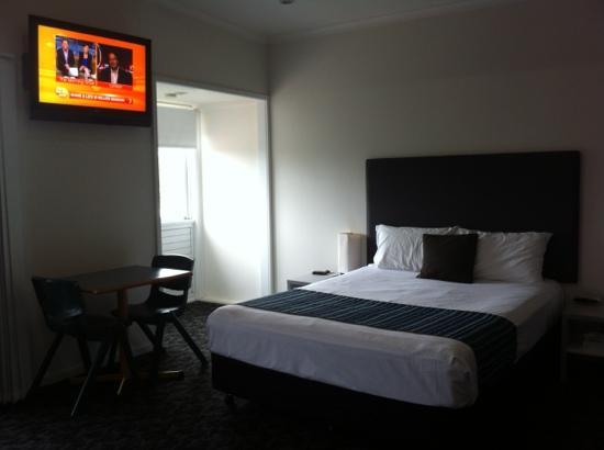 Shoredrive Motel (North Ward, Australia) | Hotwire