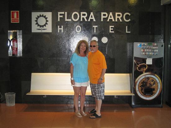 Hotel Flora Parc: En la entrada
